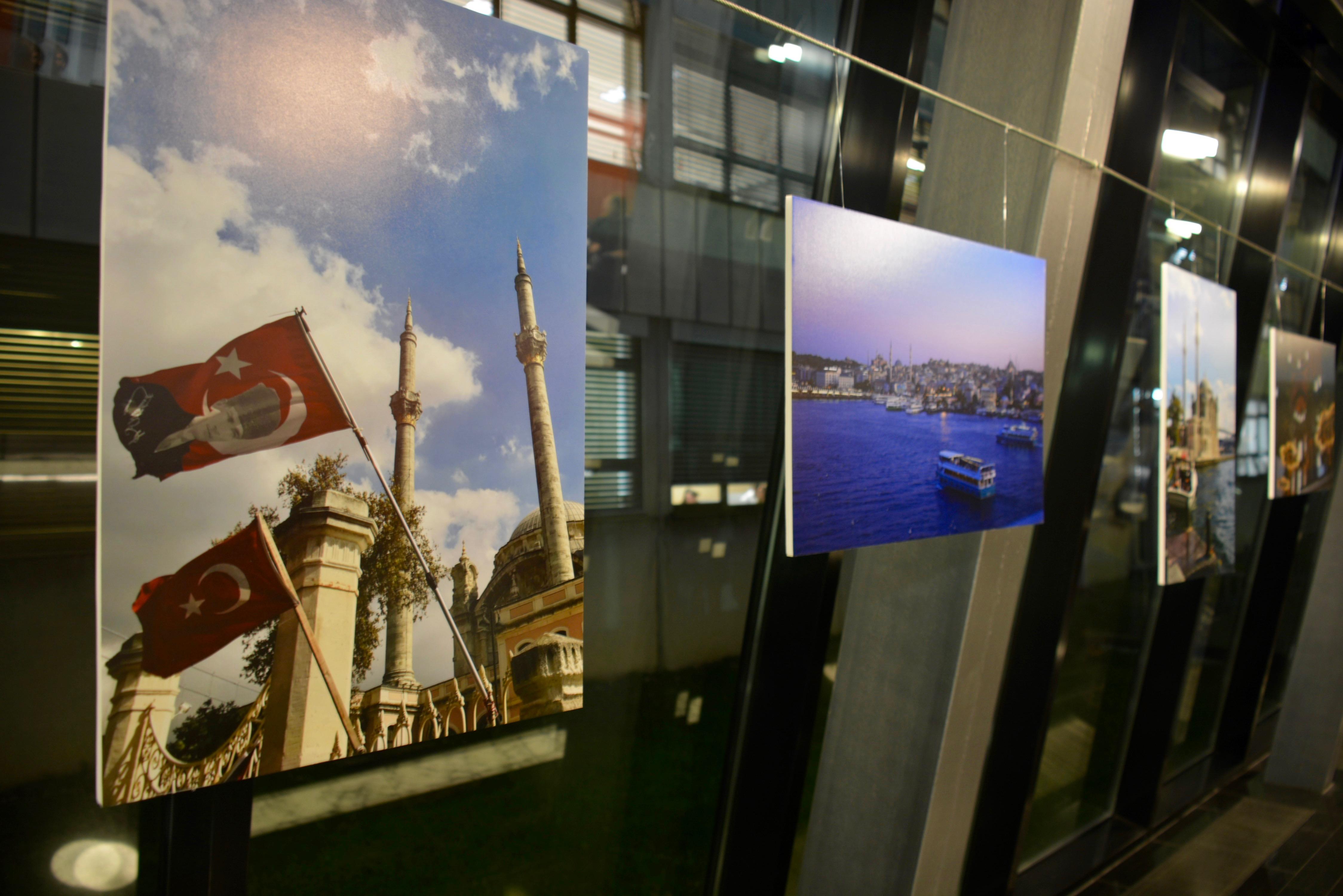 """Otvorena izložba """"Jesen u Istanbulu"""""""